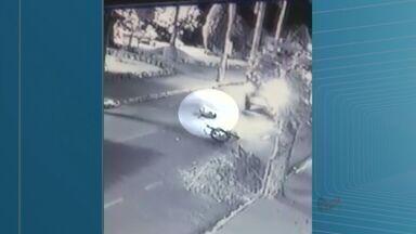 Ciclista de 19 anos é atropelado por carro em Jaborandi, SP - Jovem foi encaminhada para a Santa Casa de Barretos, SP.