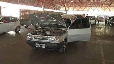 Mutirão em Rondonópolis tenta desafogar o serviço de vistorias do Detran - Mutirão em Rondonópolis tenta desafogar o serviço de vistorias do Detran