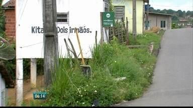 Polícia Militar reforça esquema de segurança em São Lourenço após assalto - Polícia continua à procura dos suspeitos de matar mulher em parada de ônibus.