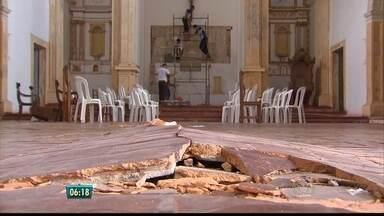 Em Olinda, seminário e igreja da Graça estão interditados desde maio - Defesa Civil do município fechou o local.