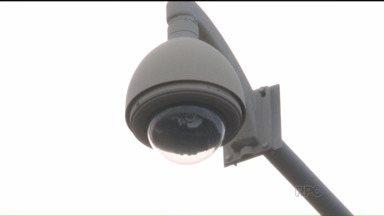 Câmeras de segurança vão ajudar na fiscalização do trânsito em Umuarama - Sistema de videomonitoramento vai facilitar a aplicação de multas aos motoristas infratores.