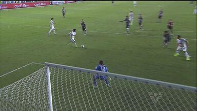 Pelas oitavas de final da Copa do Brasil, Santos vence o Corinthians - Gabriel e Marquinhos Gabriel balançaram as redes para o Peixe.