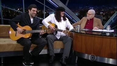 Moraes Moreira e Davi Moraes cantam no final do programa - Dueto de violões fecha o programa desta quinta