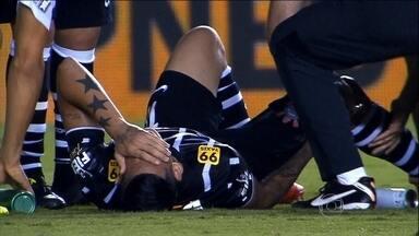 Tite encontra em Luciano o artilheiro que faltava, mas perde atacante até 2016 - Jogador terá que fazer cirurgia por causa de problema no joelho.