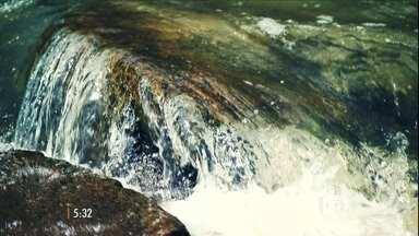 Brasil já utiliza técnicas para tornar a água salgada em água potável - Na última reportagem da série 'Água – Planeta em Crise', o repórter Tonico Ferreira mostra como a agricultura está sobrevivendo à falta de água.