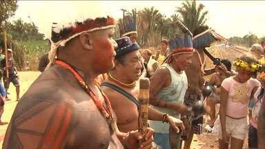 Índios permanecem bloqueando a Estrada de Ferro Carajás - Índios permanecem bloqueando a Estrada de Ferro Carajás