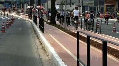 Prefeitura interdita a Avenida Paulista para a inauguração de ciclovia - A interdição também serviu como teste para decidir se a avenida irá virar área de lazer.