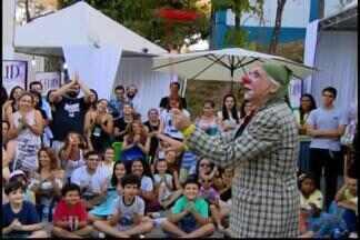 Festa Literária de Divinópolis é encerrada - Nos quatro dias de festa, que teve o apoio da TV Integração, foram 34 atrações. Cerca de 7 mil pessoas passaram pelo evento.