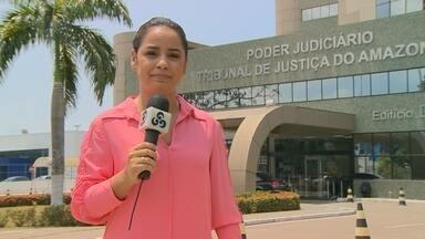Justiça concede liberdade a motorista que matou e atropelou grávida no AM - Gleidson Sena Amaral pagará fiança de pouco mais de 7 mil reais.Vítima estava grávida de seis meses e deixou uma filha de 2 anos.