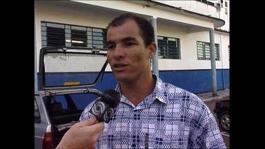 Grêmio anuncia Dinho como reforço para a Libertadores de 1995 - Lembre como foi a chegada do volante ao Tricolor.