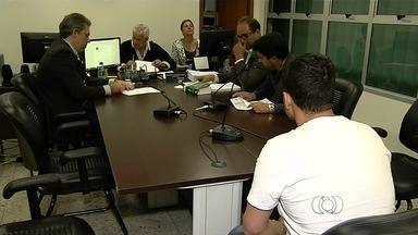 Polícia recebe resultado da audiência de suspeito de jogar mulher do 2º andar, em Goiânia - Joãozinho Pereira Mendanha já tinha um histórico de comportamento agressivo. Em 2013, a atual esposa denunciou o marido à polícia depois de ter apanhado várias vezes.