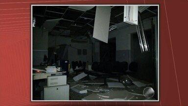 Bandidos arrombam banco em Caldeirão Grande, no norte do estado - O crime foi durante a madrugada. Bandidos teriam fugido em dois carros; confira no vídeo.