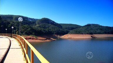 Rio Paraíba do Sul é tema de série especial da TV Rio Sul - parte 2 - Vamos ver de perto as belezas e os problemas da água que fertiliza o solo, mata a sede da nossa gente e gera a energia que chega as casas de milhões de pessoas.