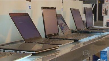 Eletrônicos podem ficar até 10% mais caros em dezembro - Para cobrir o rombo no orçamento do ano que vem, op governo aumentou impostos de vários produtos. Segundo a previsão, a mudança vai representar mais R$6 bilhões nos cofres públicos.