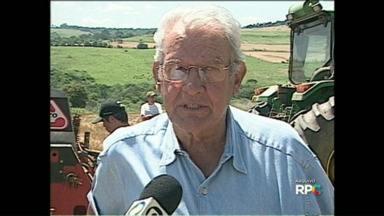 Morre Nonô Pereira, um dos pioneiros do sistema agrícola de Plantio Direto na Palha - O produtor Manoel Henrique Pereira, juntamente com outros três produtores, revolucionaram a agricultura no Paraná