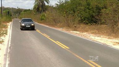 Trafegar pela MA-349 requer atenção redobrada de condutores - Trafegar pela MA-349, que liga os municípios de Caxias (MA) e Aldeias Altas (MA), no leste do Estado, requer atenção redobrada de motoristas e motociclistas.