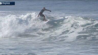 Brasileiros vão para água em etapa da Liga Mundial de Surfe nos EUA - Competição acontece em Trestles