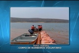 Bombeiros de Três Marias encontram corpo de homem que estava desaparecido desde domingo - Ele nadava na praia Mar de Minas quando desapareceu.