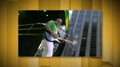 Vídeo Show exibe trechos do BR Day de 2015 - Giovanna Ewbank faz registros dos bastidores do evento faz registros dos bastidores do evento