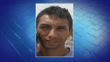 Canoeiro confessa ter jogado filho de 4 meses em rio no AM, diz polícia - Depoimento foi prestado ao delegado Ivo Martins, da DEHS.
