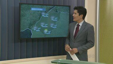 Deve voltar a chover forte no Paraná nesta quinta-feira - Uma nova frente fria traz chuva mais forte para o estado a partir desta quinta-feira (10). Não está descartada a possibilidade de temporais.