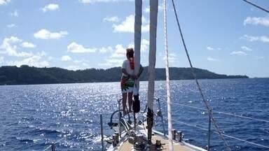 Família Schurmann comemora um ano de aventuras no mar - Em setembro de 2014, a família Schurmann içou velas em Santa Catarina. Um ano depois, o veliro 'Ket' está na Polinésia Francesa, no Oceano Pacífico, e eles fizeram a primeira parada na Ilha de Mangareva.