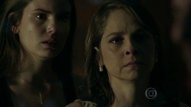Capítulo de 14/09/2015 - Angel exige que Alex peça perdão a Carolina