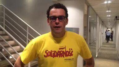 Fernando Rocha sobre a parceira no funk: 'Nasceu na laje' - Apresentador se prepara para arrasar no funk do 'Dança'