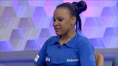 Rebeca analisa mundial de ginástica e comenta sobre sua fase - Ginasta comenta que quer se recuperar para conquistar os objetivos na carreira.