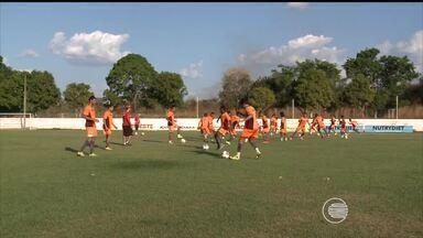 River-PI realiza último treino antes de partir para Sergipe - River-PI realiza último treino antes de partir para Sergipe