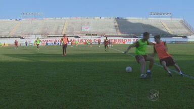 Mogi Mirim enfrenta CRB neste sábado (26) - Jogo acontece às 16h30 no Estádio Rei Pelé.