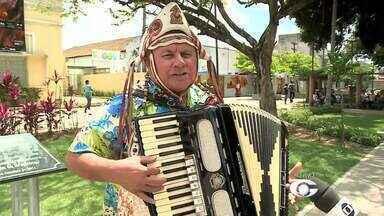 Show de forró é realizado em mercado de artesanato em Arapiraca - Evento será realizado no sábado (25).
