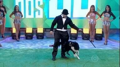 'Se Vira nos 30' começa com apresentação de Jacó, o cão gentil, e seu dono - Vladinir Maciel e seu fiel companheiro encantaram a plateia