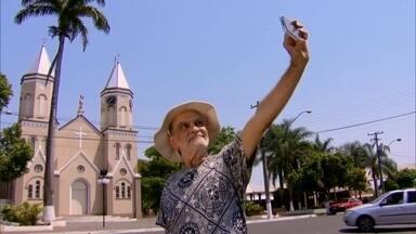 Com dólar caro, Maurício Kubrusly mostra como viajar barato para para cidades famosas - Saiba como ir para Havaí, Califórnia e Flórida gastando bem pouco. Mas não são os estados americanos, são cidades no interior de São Paulo e Paraná.