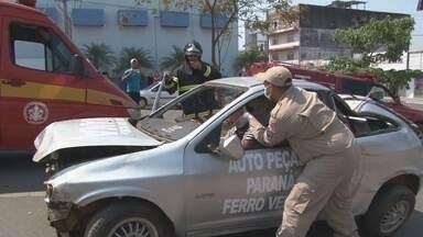 Simulação de acidente de trânsito chama atenção em Ji-Paraná - Atividade de conscientização faz parte da Semana Nacional de Trânsito.