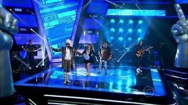 Reveja show dos técnicos na estreia da nova temporada do 'The Voice Brasil' - Carlinhos Brown, Claudia Leitte, Michel Teló e Lulu Santos mandaram ver no som