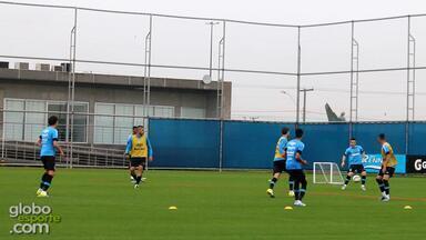 Roger comanda treino do Grêmio com a presença de Ramiro - Assista ao vídeo.