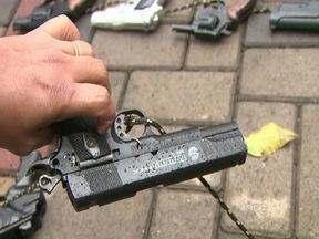 Ato público pede para que pais não comprem armas de brinquedo - A intenção é estimular uma cultura de paz na sociedade.