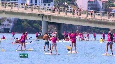 Cem pessoas participam de 'Remada Rosa' no ES - Mais uma ação da campanha outubro rosa, de prevenção ao câncer de mama.