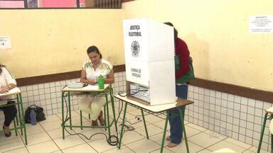 Dez mil moradores votam para o Conselho Tutelar em Maringá - Lista com conselheiros eleitos em Maringá está no G1