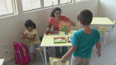 Nova creche da Vila Portuguesa começa a receber alunos - A CMEI tem capacidade para atender 200 crianças. Outras 500 vagas serão criadas com transformação de escolas municipais em creches. Mesmo assim, outras 4.100 crianças aguardam vagas.