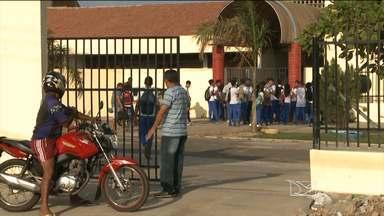 Em São Luís, alunos do Centro de Ensino Médio Paulo VI continuam sem aulas - Com o início previsto para a semana passada, as atividades foram adiadas para esta segunda-feira (5).