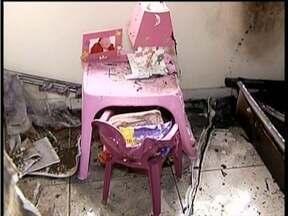 Criança que sofreu queimaduras aguarda transferência de hospital - Ela está no hospital municipal de Governador Valadares e aguarda vaga na capital.