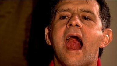 Exercícios para os músculos da boca diminuem o ronco - Os exercícios melhoraram a saúde e o relacionamento depois que começaram a se exercitar. Ele, com os exercícios, deixou de roncar, problema que se resolveu com exercícios na língua e na garganta.