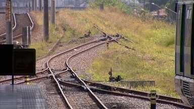 Problemas nos trilhos paralisam linha de VLT no Grande Recife - Serviço que faz o trajeto de Cajueiro Seco para o Cabo está suspenso desde as 5h de terça.