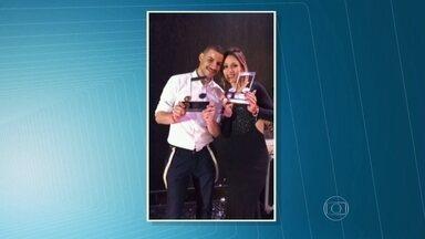 SPTV acompanha a escolha de brasileiros que participarão do campeonato mundial de karaokê - Uma mulher e um homem representarão o Brasil entre candidatos de 49 países. Os vencedores da etapa brasileira ganharam um troféu, passagens e hospedagem para o mundial que acontece em Cingapura.