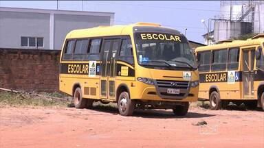 Na zona rural de Codó, o problema é a falta de transporte escolar - Tem aluno que há uma semana não vai à escola.