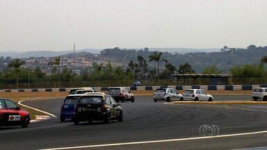 Duas competições agitam o fim de semana em Goiânia - Autódromo recebe Centro-Oeste de Marcas e Pilotos e também Nacional Lancer.