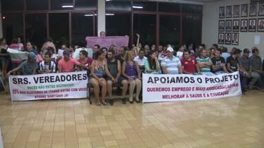 Câmara derruba veto, e Itambé pode ganhar aterro sanitário - Sessão foi acompanhada de muito protesto por parte de moradores contrários ao projeto
