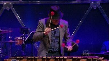Jô convida Beto Caldas para tocar com o sexteto - Vibracionista é a atração musical do dia